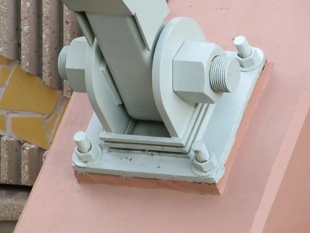 螺栓逐渐成为机械和建筑中最重要的零部件